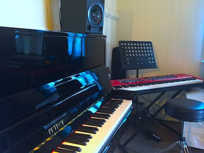 Piano and Keyboard side-by-side for teacher demonstration